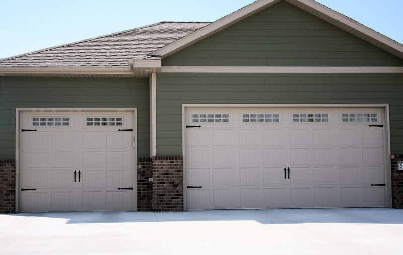 Pin Carriage House Garage Door On Pinterest