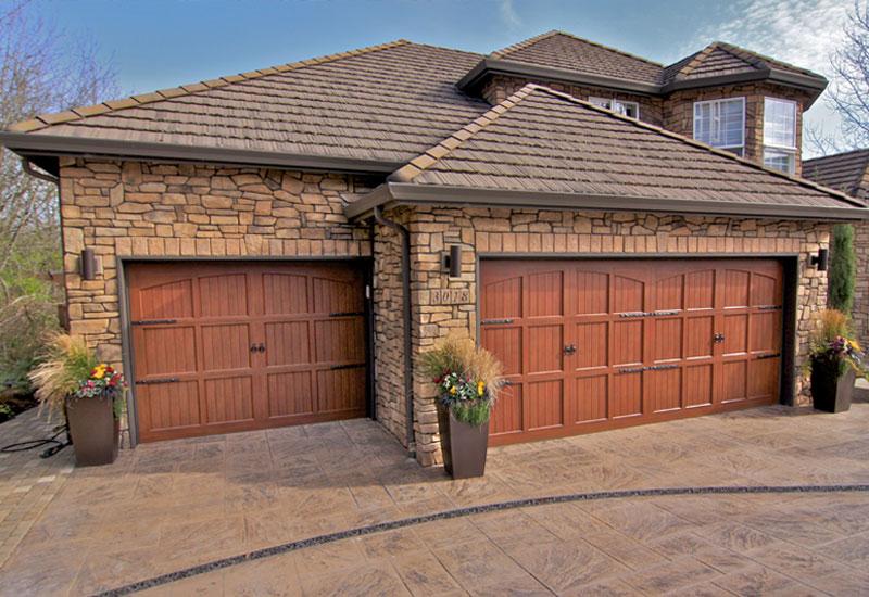 Carriage garage doors garage door styles carriage